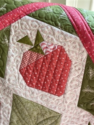 Strawberry Patches Quilt Kit