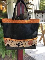 KRAFT HAUNTING COLLAGE & WEBS Halloween Tote Kit